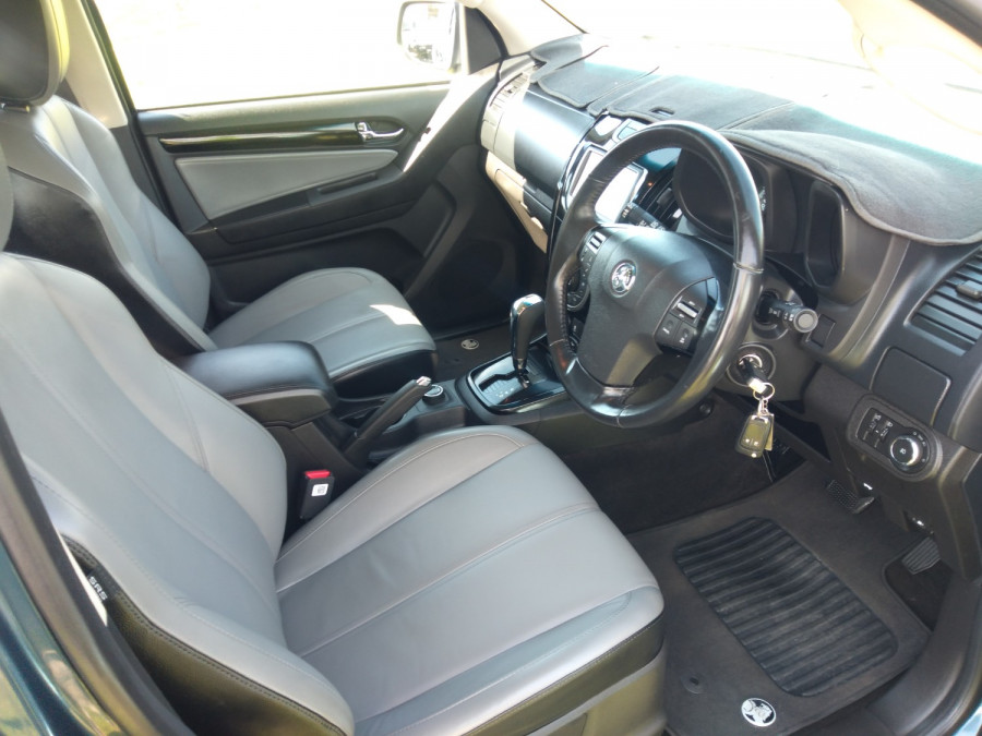 2016 Holden Colorado 7 RG Trailblazer Wagon Image 12