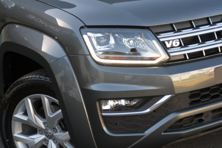2017 MY18 Volkswagen Amarok 2H MY18 TDI550 Utility Mobile Image 2