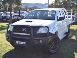 Toyota HiLux SR KUN16R Turbo