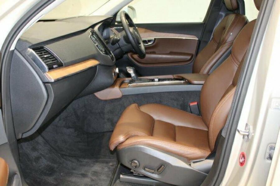 2017 MY18 Volvo XC90 L Series  T6 T6 - Inscription Suv Mobile Image 6