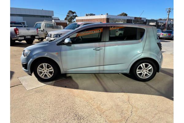 2011 Holden Barina TM Hatchback Image 4