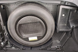 2018 Toyota C-hr NGX10R Suv Mobile Image 16
