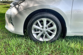 2013 Toyota Corolla ZRE182R Ascent Sport Hatch Image 2