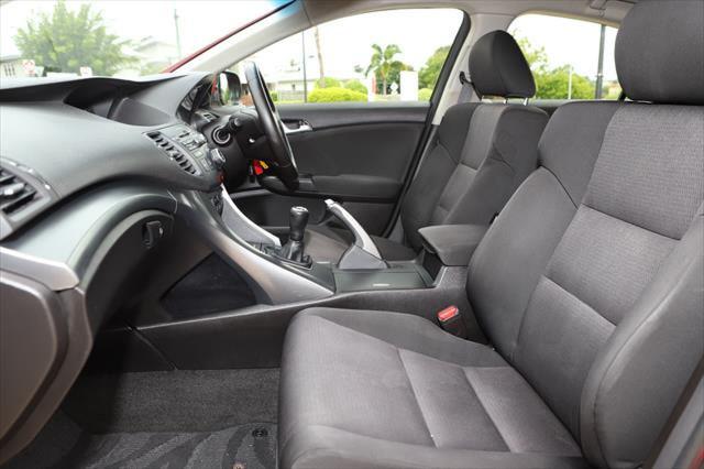 2012 Honda Accord Euro 8th Gen MY13 Sedan Image 9