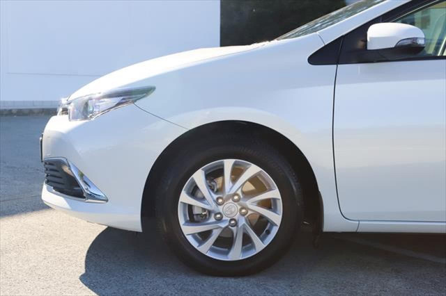 2017 Toyota Corolla ZRE182R Ascent Sport Hatchback Image 8