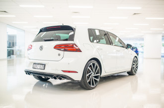 2017 MY18 Volkswagen Golf Hatchback Image 4