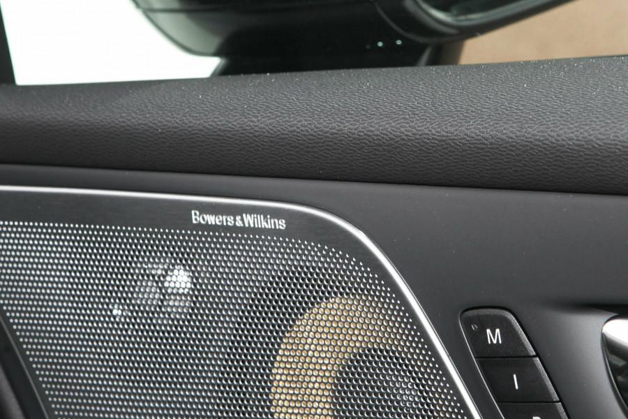 2019 MY20 Volvo S60 (No Series) T8 R-Design Sedan Mobile Image 17
