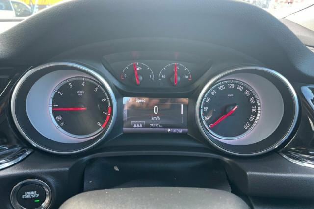 2018 Holden Calais Liftback 14 of 20