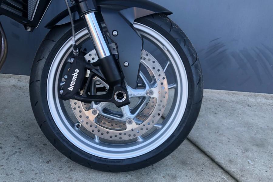 2020 BMW F900R F-Series R Motorcycle Image 11