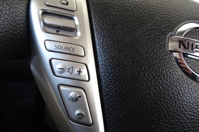 2014 Nissan Pulsar Hatch ST 23 of 29