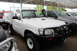 Nissan Patrol DX Y61 GU 6 SII