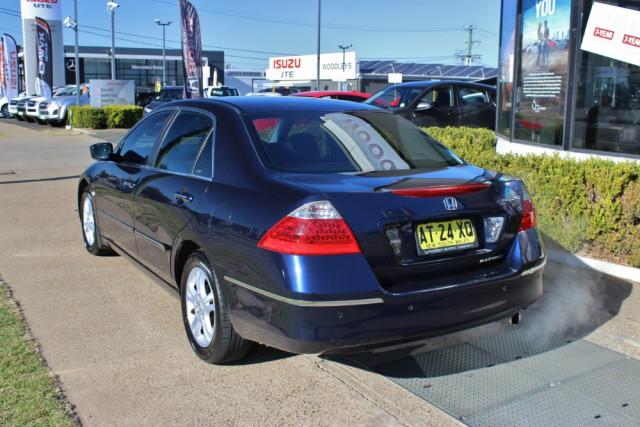 2007 Honda Accord 7th Gen  VTi Sedan Image 5