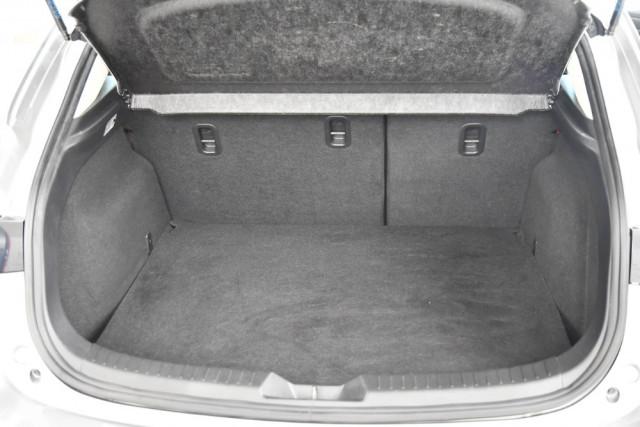 2014 Mazda 3 BM5478 Neo Hatch Image 19