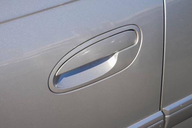 2005 Holden Berlina VZ Sedan Image 18