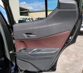 2017 Toyota C-hr NGX50R Koba Suv image 36
