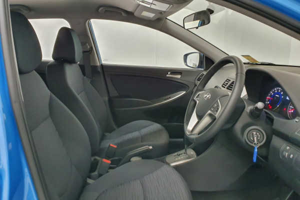 2019 Hyundai Accent RB6 Sport Hatch Hatchback Image 3