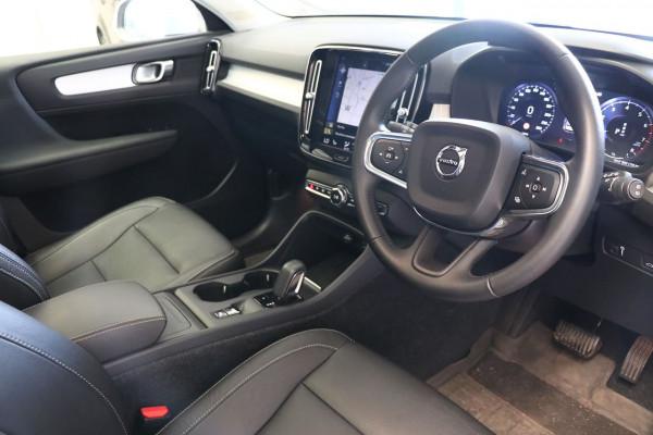 2018 Volvo Xc40 (No Series) MY19 T4 Momentum Suv Image 5