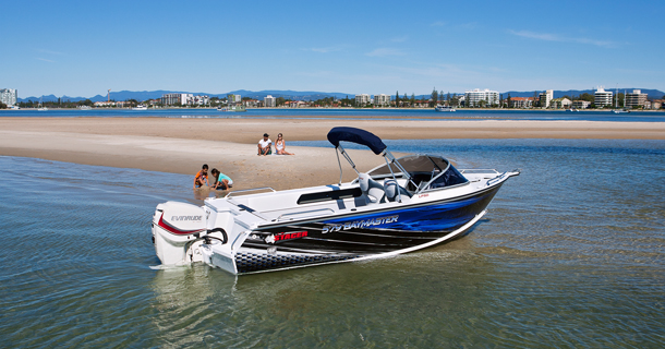 579 Bay Master Features