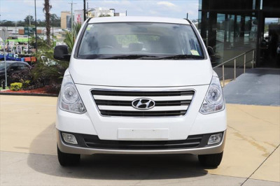2016 Hyundai Imax TQ3-W Series II MY17 Wagon Image 5