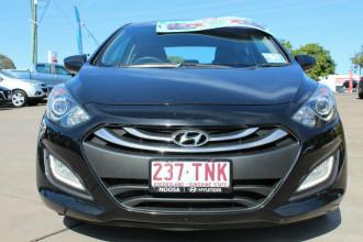2013 Hyundai i30 GD SE Coupe Hatchback Image 3
