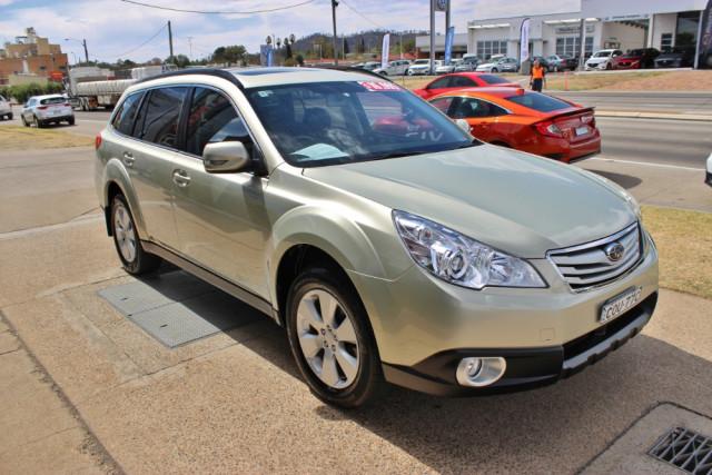 2010 Subaru Outback B5A  2.5i 2.5i - Premium Suv Image 4