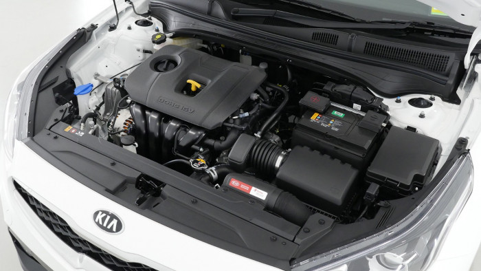 2021 MY1  Kia Cerato BD S with Safety Pack Hatchback Image 23