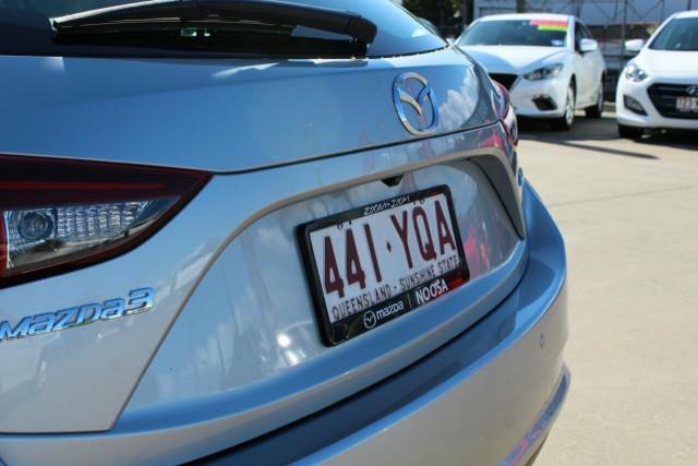 2018 Mazda 3 BN5478 Neo SKYACTIV-Drive Sport Hatchback Image 5
