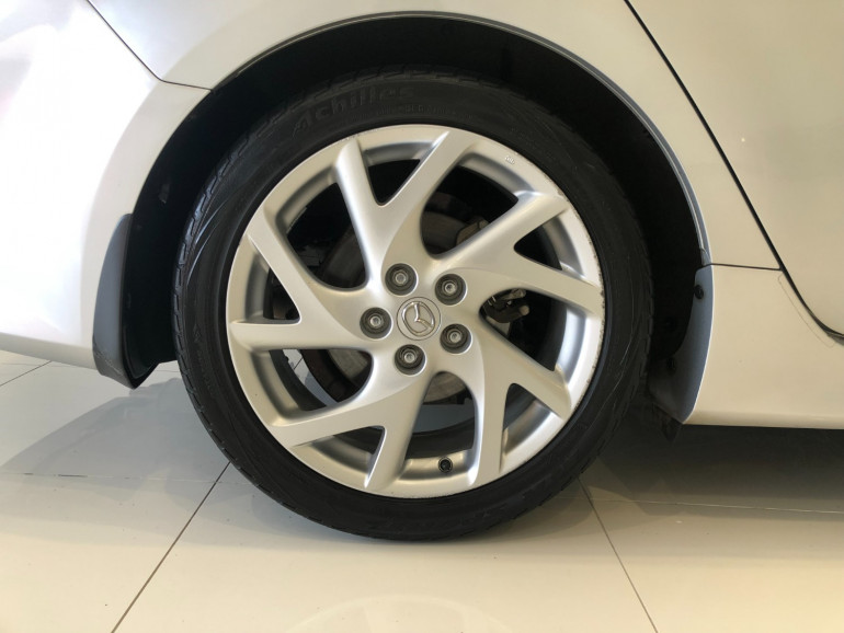 2011 Mazda 6 GH1052 Luxury Sports Hatchback Image 15