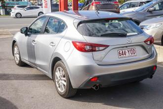 2014 Mazda 3 BM Series Maxx Hatchback Image 2