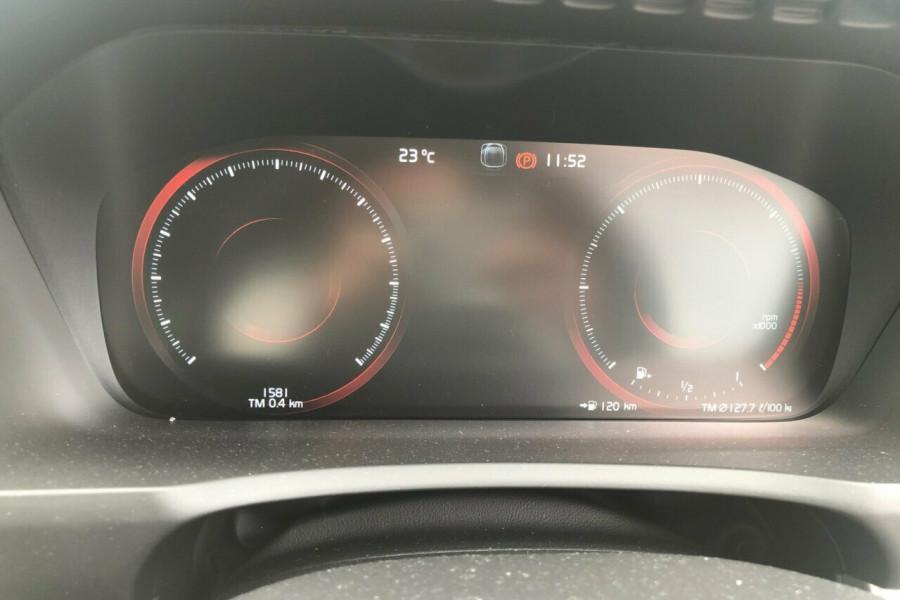 2019 Volvo XC90 L Series D5 Momentum Suv Image 20