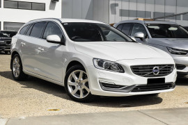Volvo V60 D4 Luxury (No Series) MY14