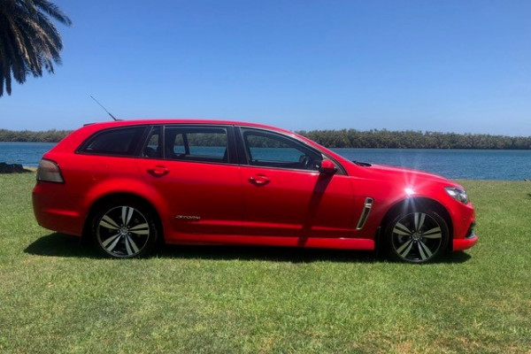 2015 Holden Commodore VF MY15 SV6 Wagon Image 3