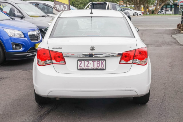 2010 Holden Cruze JG CD Sedan Image 3