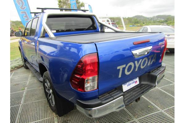 2017 Toyota HiLux GUN126R SR5 Utility Image 3