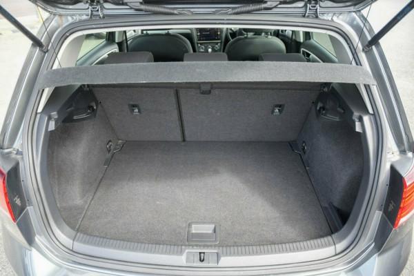 2018 Volkswagen Golf 7.5 MY18 110TSI DSG Trendline Hatchback Image 5