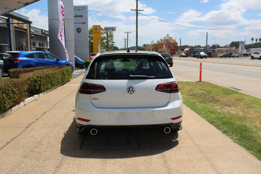2020 Volkswagen Golf 7.5 GTi TCR Hatch Image 6