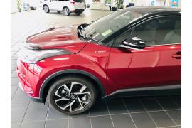 2018 Toyota C-hr NGX50R Koba Suv Image 4