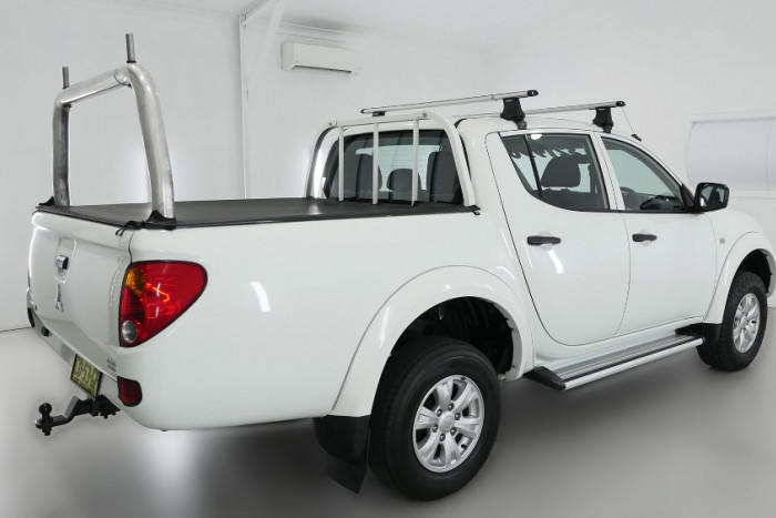 2015 Mitsubishi Triton MN MY15 GLX Utility Image 2