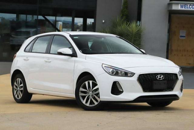 2018 Hyundai i30 PD Active Hatchback Image 1