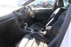 2019 MY20 Volkswagen Golf 7.5 R Hatchback Image 4