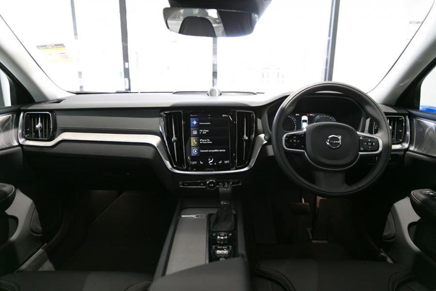 2019 MY20 Volvo S60 Z Series T5 Inscription Sedan Mobile Image 4