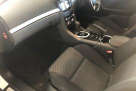 2011 Holden Commodore VE II SV6 Sedan Image 5