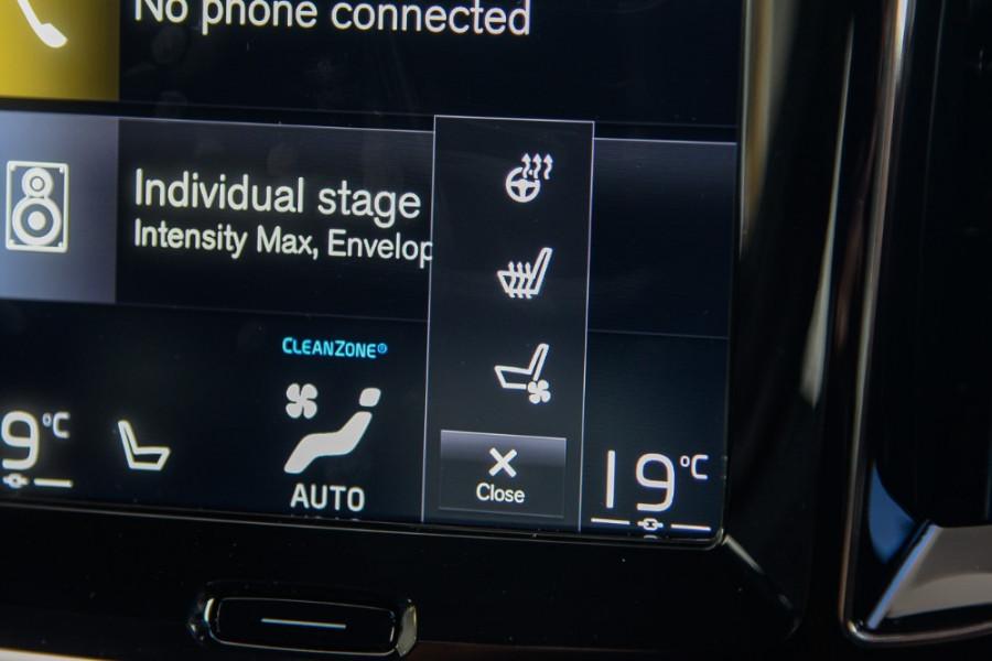2019 MY20 Volvo S60 Z Series T8 R-Design Sedan Mobile Image 17