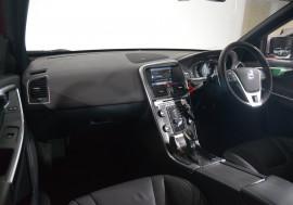 2013 Volvo XC60 Volvo Xc60 D5 R-Design (Awd) Auto D5 R-Design (Awd) Suv