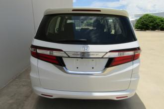 2016 Honda Odyssey 5th Gen VTi Wagon Image 4