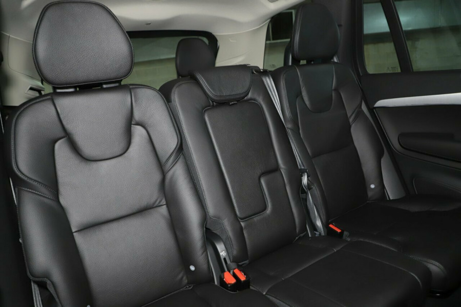 2019 MY20 Volvo XC90 L Series D5 Momentum Suv Mobile Image 9