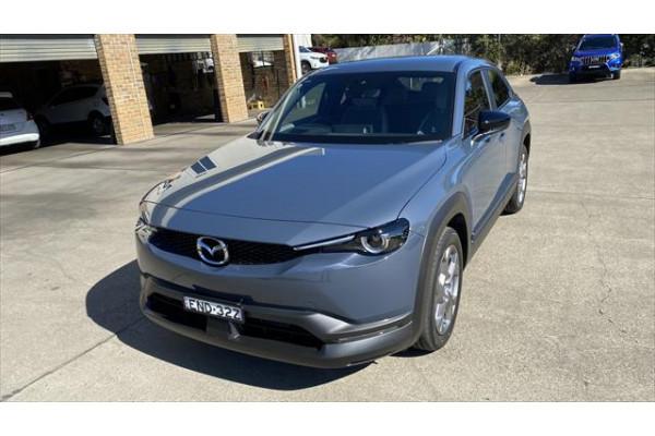 2021 Mazda MX-30 DR Series G20e Touring Wagon Image 3