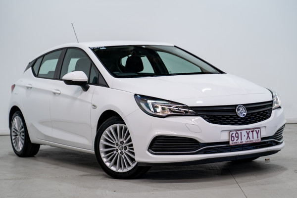Holden Astra R Holden Astra R Auto