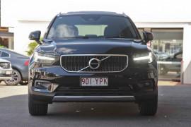 2019 Volvo XC40 T4 Momentum Suv
