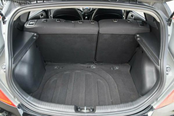 2011 Hyundai Accent RB Active Hatchback Image 5